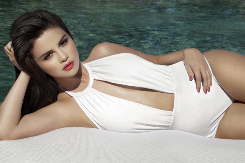 Selena Gomez Fotos 027-1410
