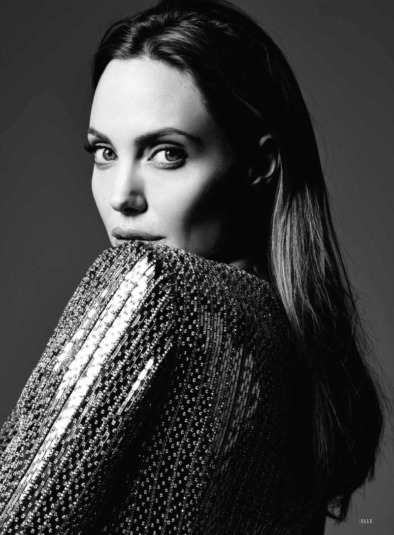 Angelina Jolie Fotos 2014-014