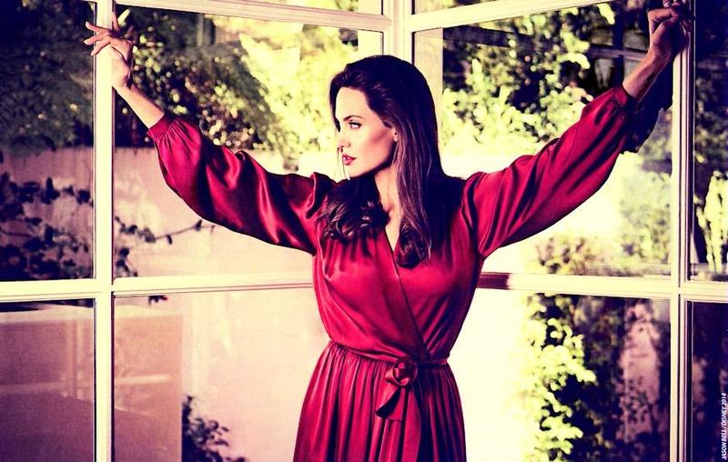 Angelina Jolie Fotos 2014-021