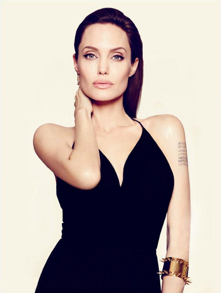 Angelina Jolie Fotos 2014-025