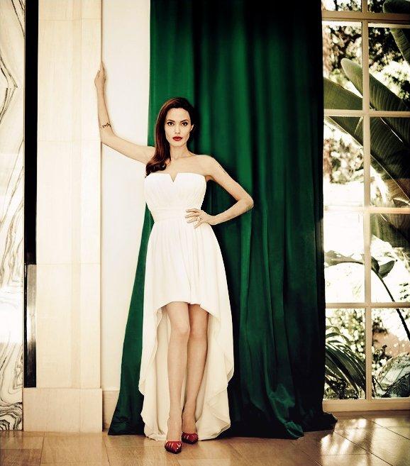 Angelina Jolie Fotos 2014-026