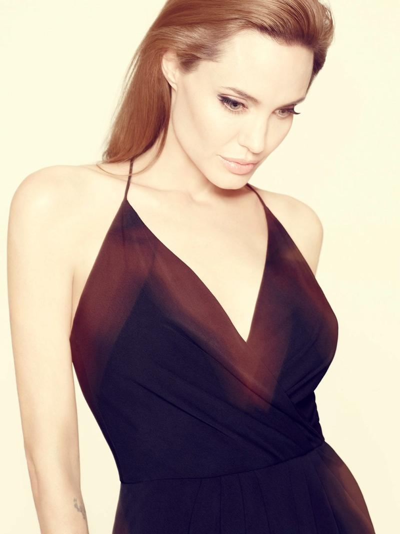 Angelina Jolie Fotos 2014-029