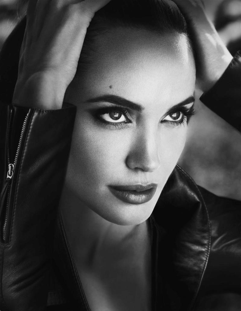 Angelina Jolie Fotos 2014-036