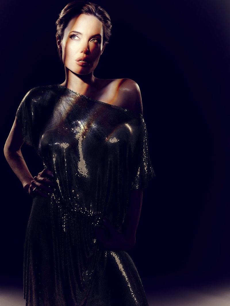 Angelina Jolie Fotos 2014-043