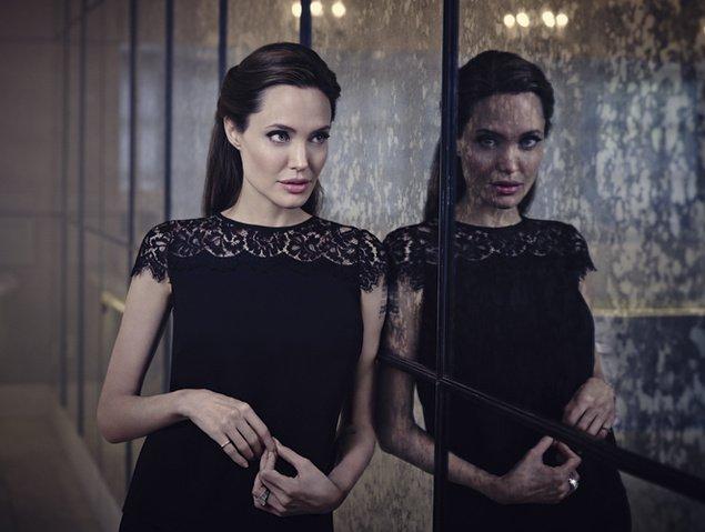 Angelina Jolie Fotos 2014-044