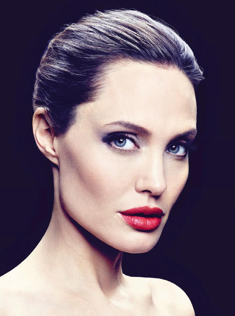 Angelina Jolie Fotos 2014-048