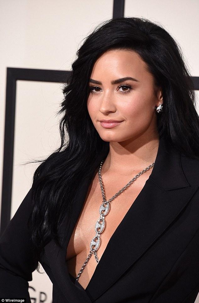 Demi Lovato Fotos  313fc010