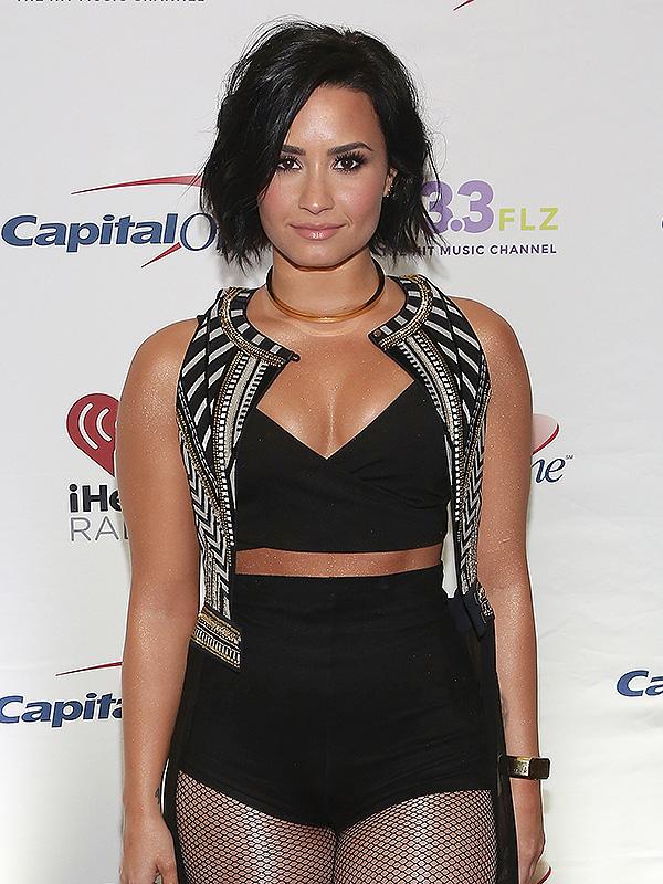 Demi Lovato Fotos  Demi-l13