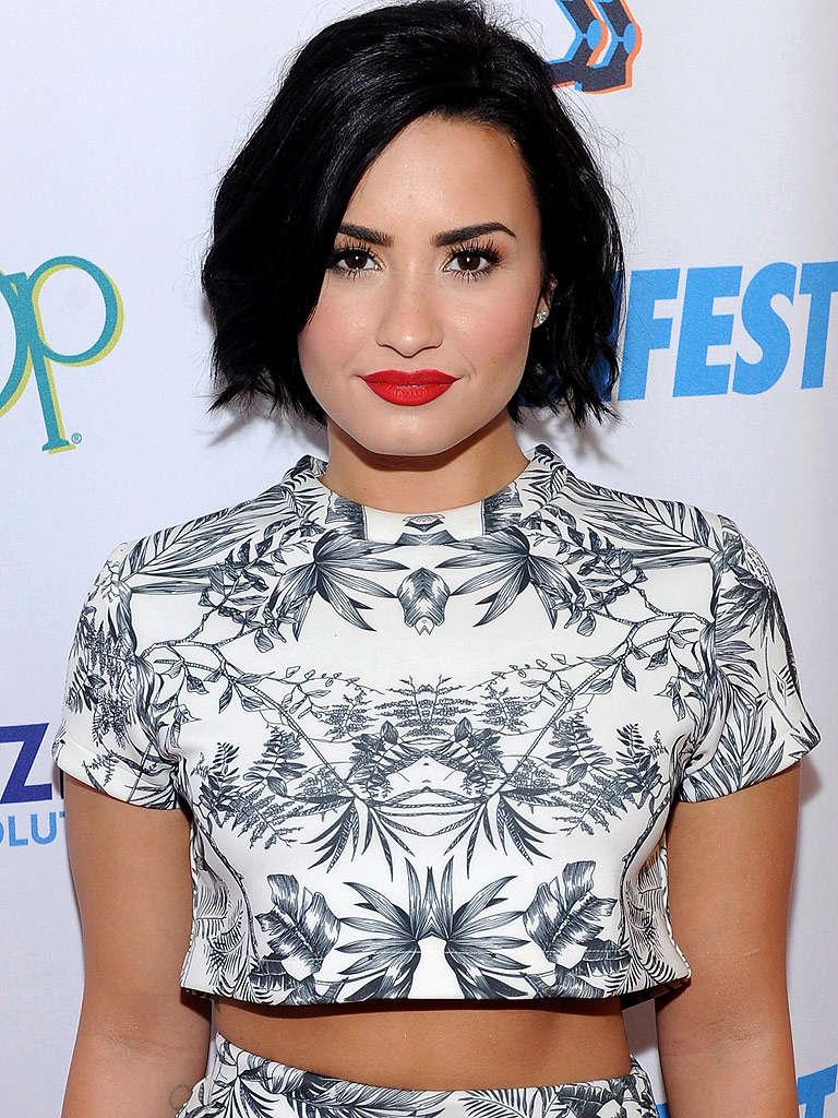 Demi Lovato Fotos  Demi-l14