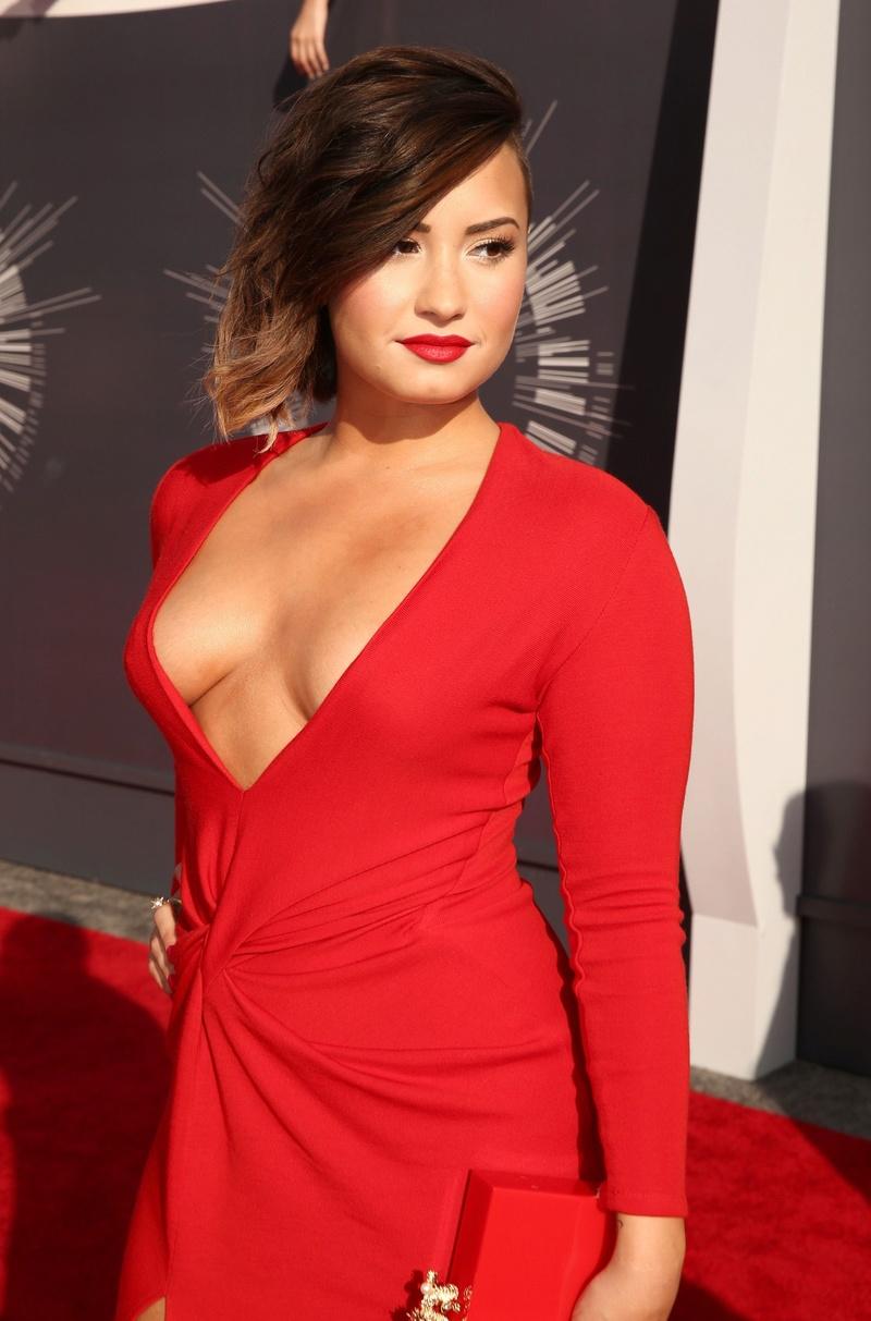 Demi Lovato Fotos  Demi-l16