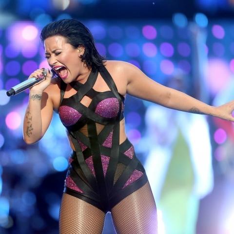 Demi Lovato Fotos  Demi-l19