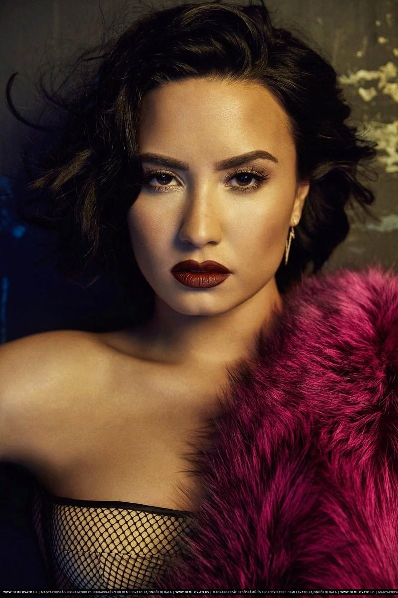 Demi Lovato Fotos  Dlbb-010