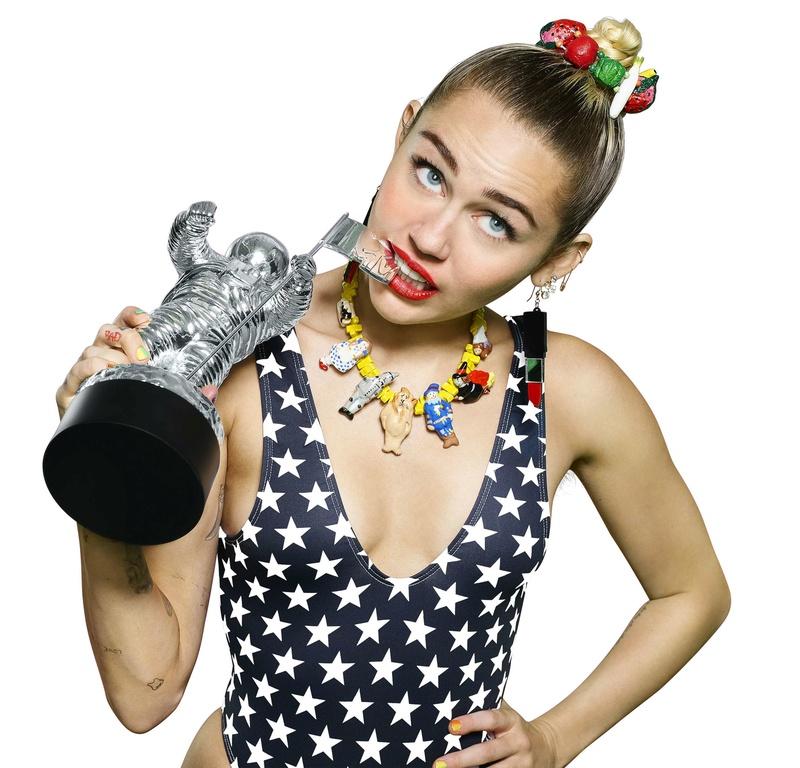 Miley Cyrus Fotos  Miley-13
