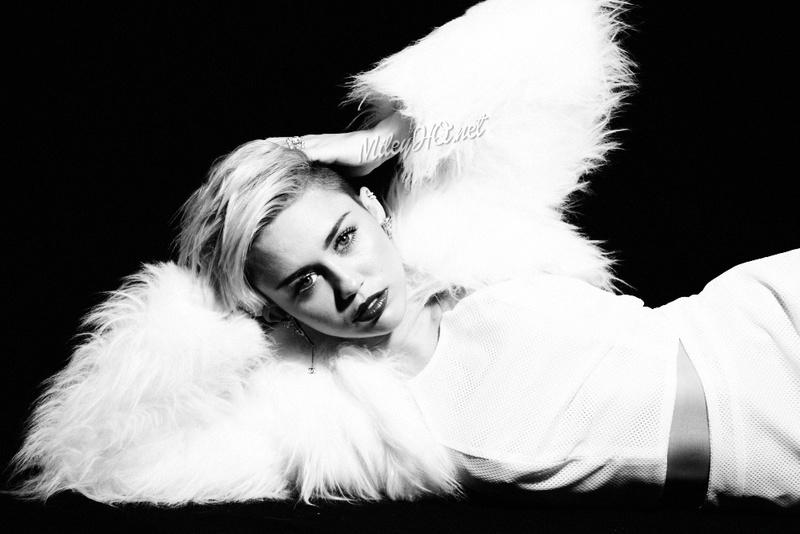 Miley Cyrus Fotos  Miley-24