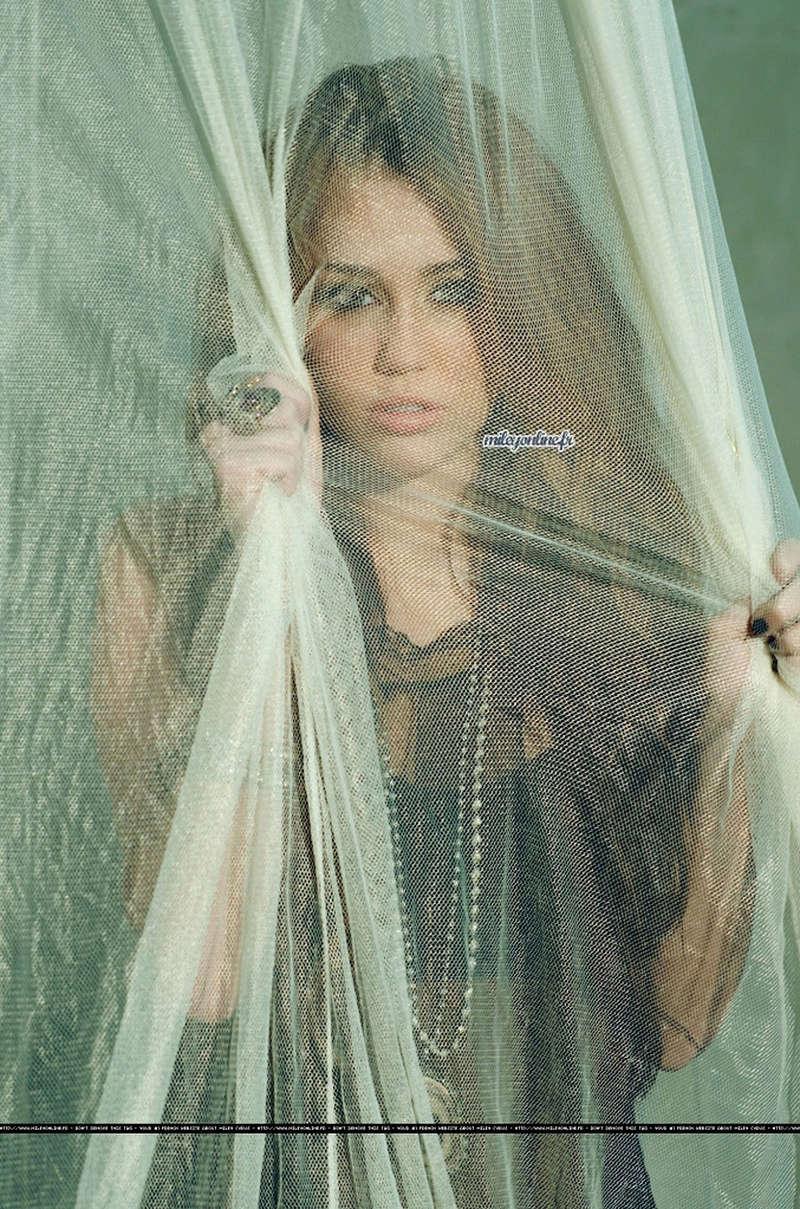 Miley Cyrus Fotos  Msg-1210