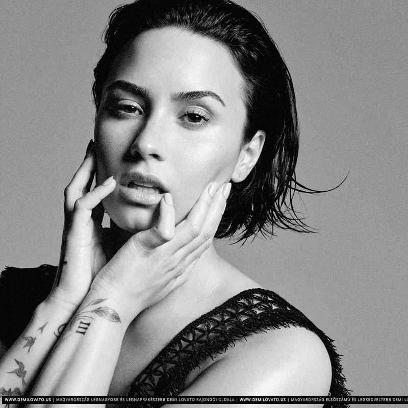 Demi Lovato Fotos  R29-0610