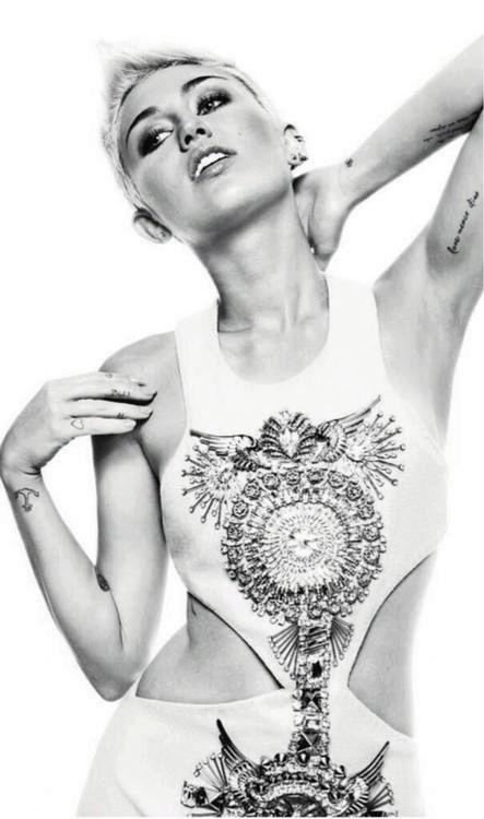 Miley Cyrus Fotos  Untitl10