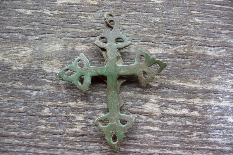 Croix du Dauphiné (trouvée en Briançonnais) - XVIIIème P1030914