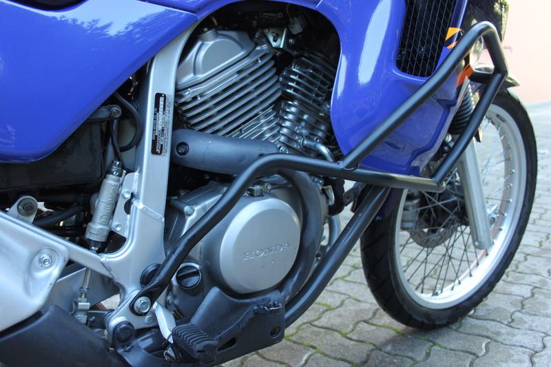 Lavaggio e lucidatura Honda Transalp 600v 1996 Img_3041