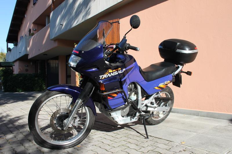 Lavaggio e lucidatura Honda Transalp 600v 1996 Img_3064