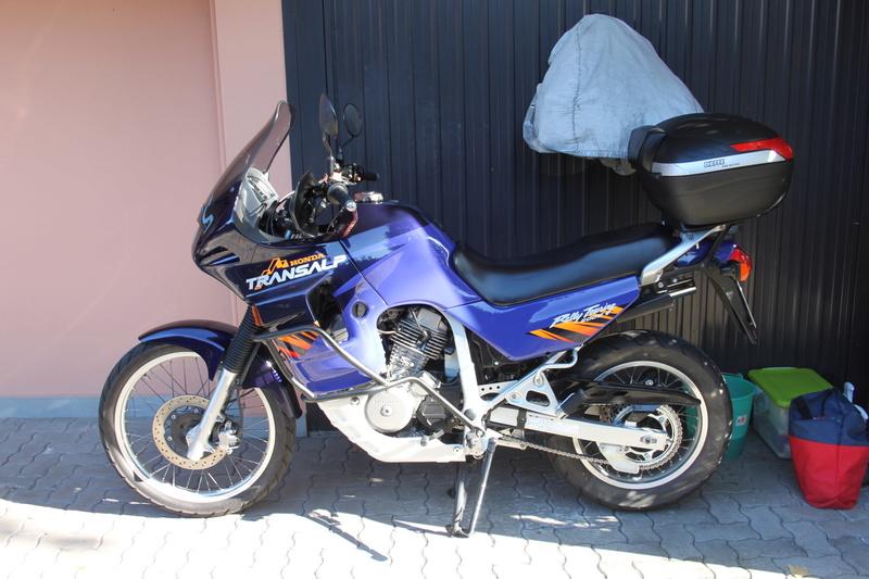 Lavaggio e lucidatura Honda Transalp 600v 1996 Img_3067