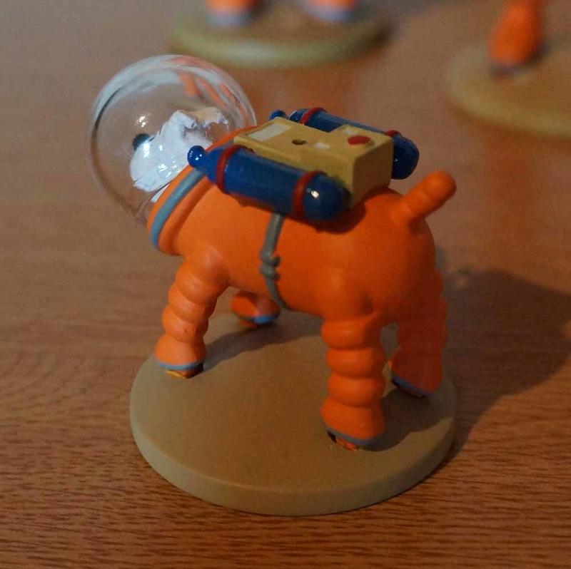 mise en peinture de figurines Tintin - Page 4 Dsc00418