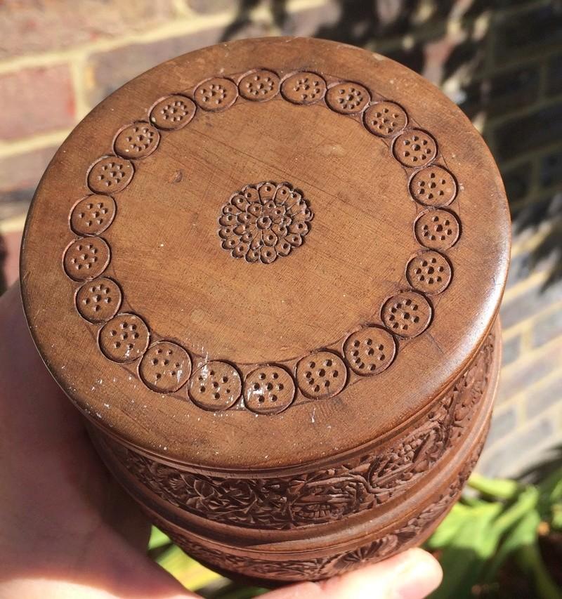 Carved mahogany barrel shaped pot Image305