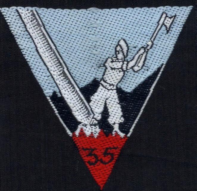 INSIGNE DU GROUPEMENT N°35 Cjf35b10