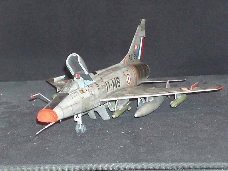 North American F100-D  ESCI 1/48 P1010110