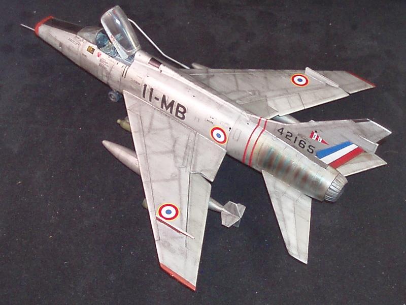 North American F100-D  ESCI 1/48 P1010111