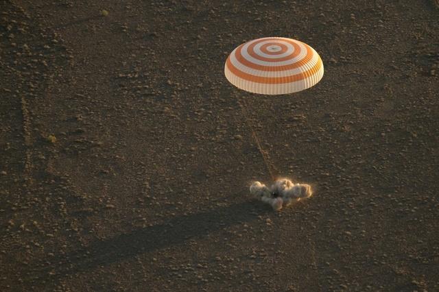 Sélection des équipages Expedition 48-49-50 Crt4br10
