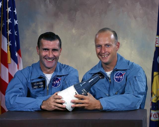 Gemini 11 - La mission - Rares Documents, Photos, et autres  Gemini10