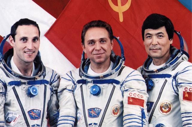 25ème anniversaire de la mission Soyouz TM-13 / 1er autrichien et 1er kazakh dans l'espace Soyouz10