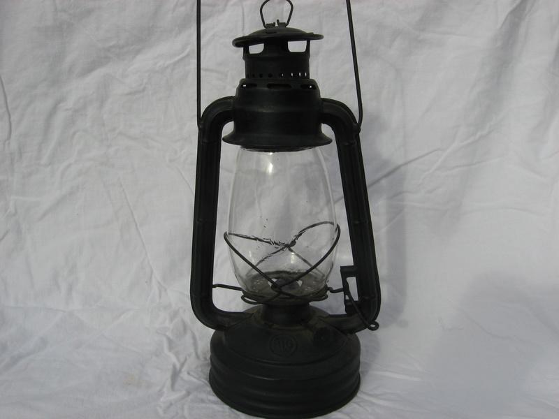 lampes de mineurs,  divers objets de mine, outils de mineur et documents  - Page 4 Img_9338
