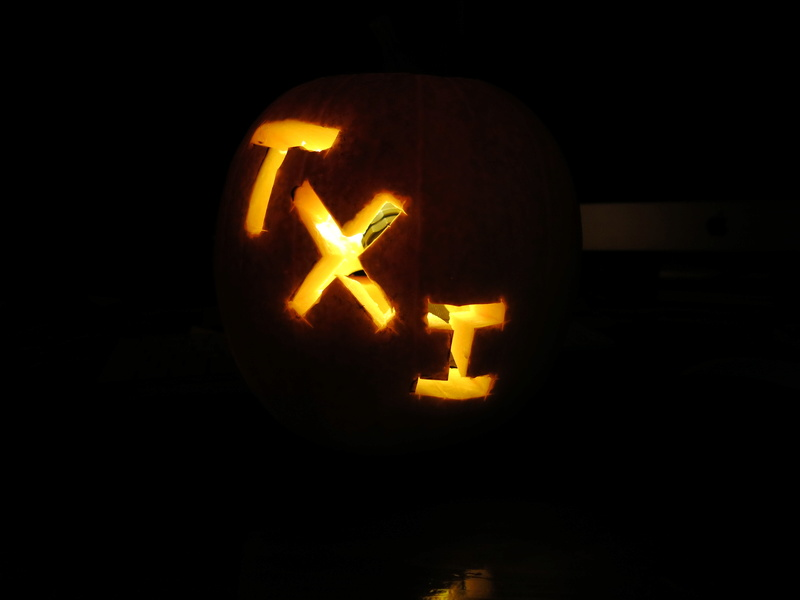 TXI STAR WARS PUMPKIN CARVING CONTEST - Page 2 Img_7107