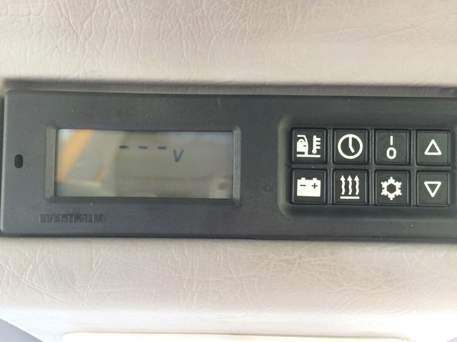 Probleme surchauffe batterie Aux et console qui indique pas les Voltage Img_5910