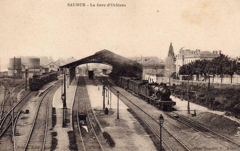 Gare de Saumur (PK 299,1)  Gare8611