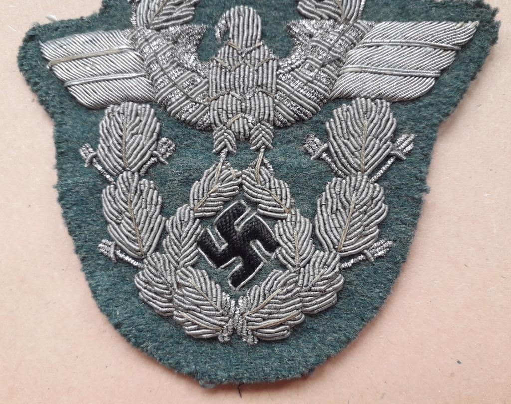 Insigne de bras Officier Polizei en canetille: B13