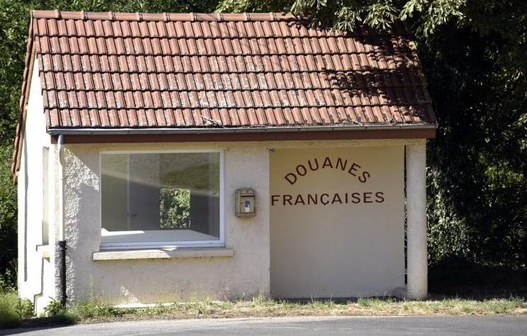 Poste de Douane Française: Breux_10
