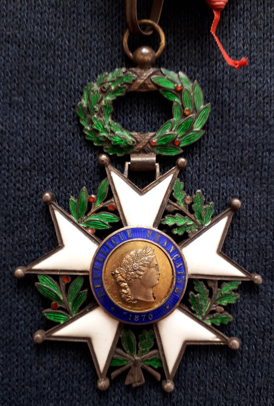 Croix de Commandeur de la légion d'honneur 3ème république: C37
