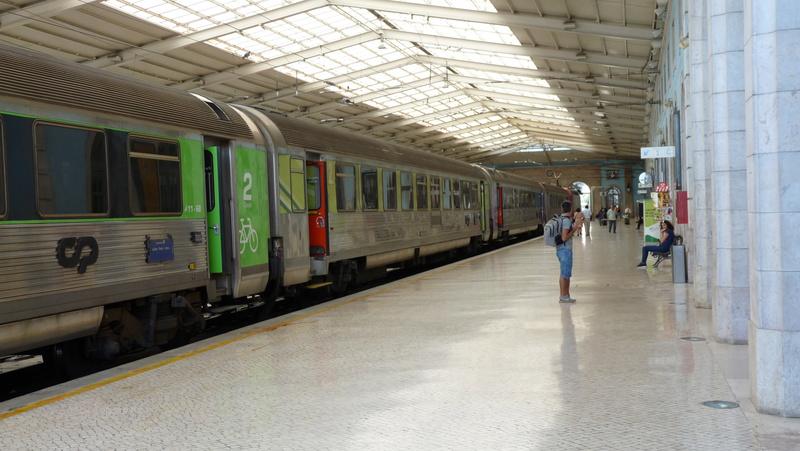 Sur les rails au Portugal P1020411
