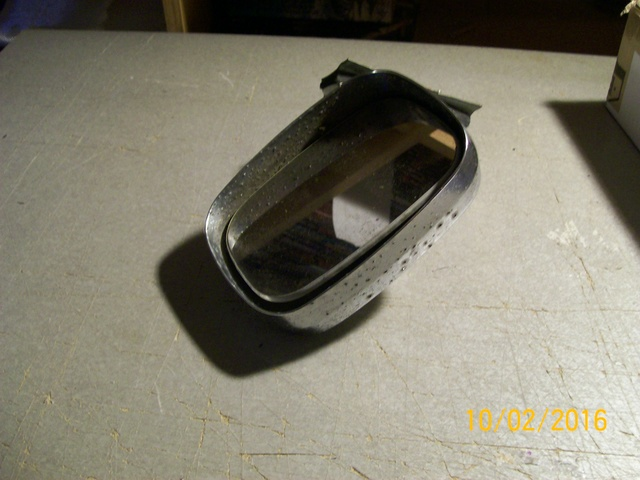 Looking for a RH Mirror complete  1979 Caprice 100_3234