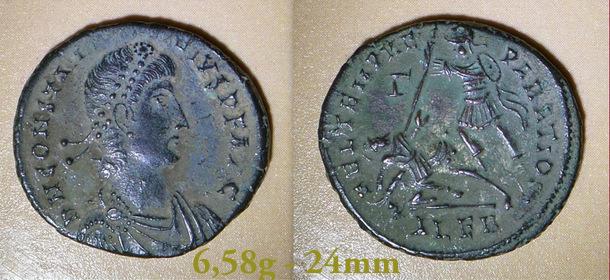 Les Constances II, ses Césars et ces opposants par Rayban35 - Page 3 Charge31