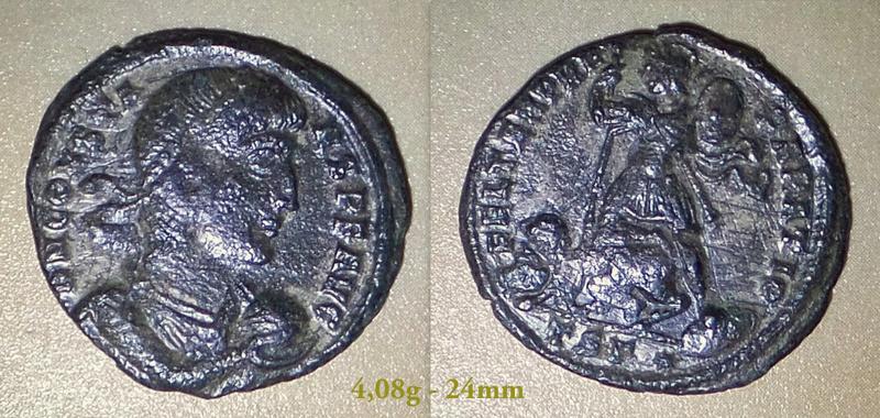 Les Constances II, ses Césars et ces opposants par Rayban35 - Page 4 Charge63