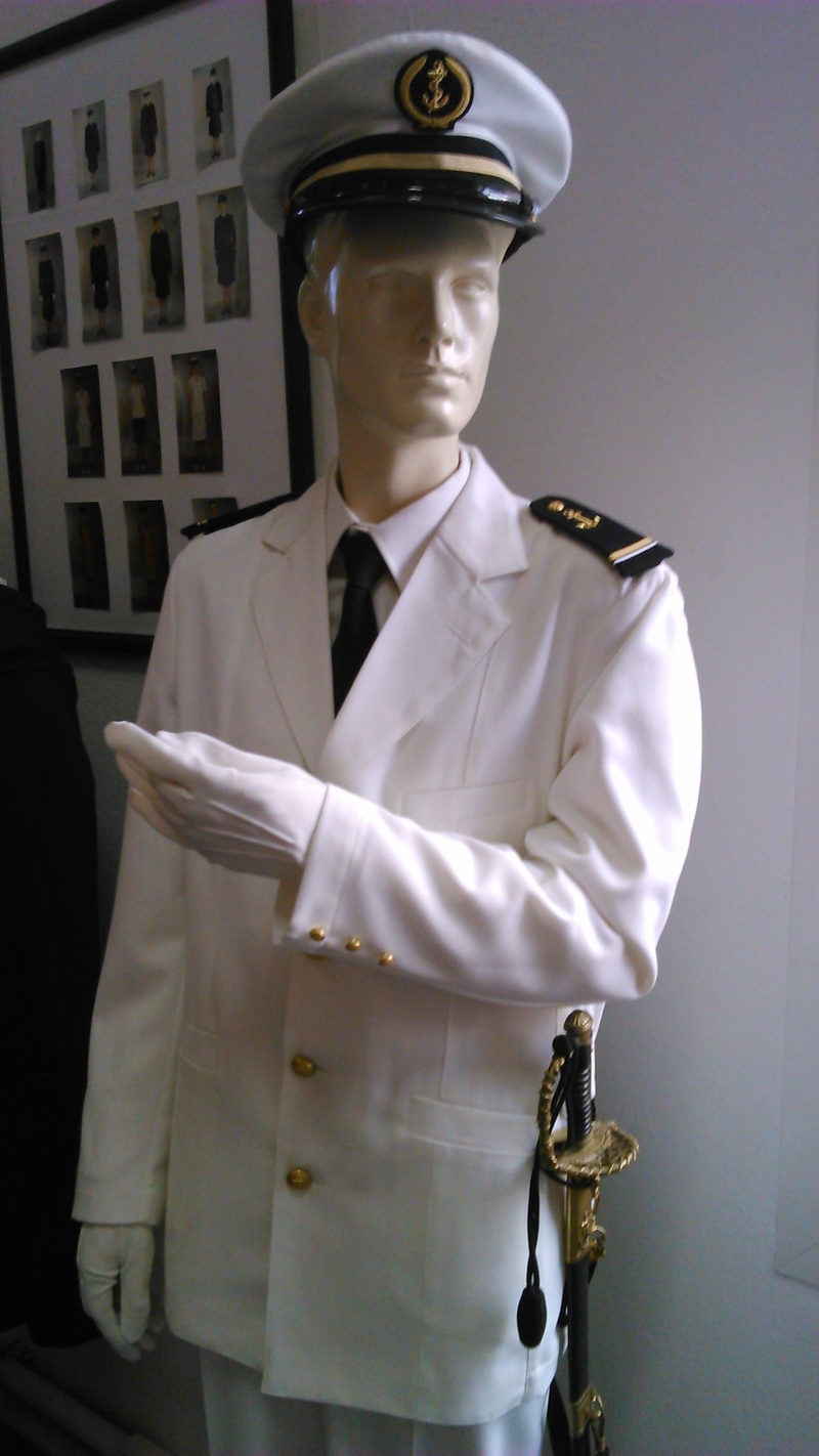 [ Les musées en rapport avec la Marine ] Conservatoire des tenues à Toulon - Page 2 10110