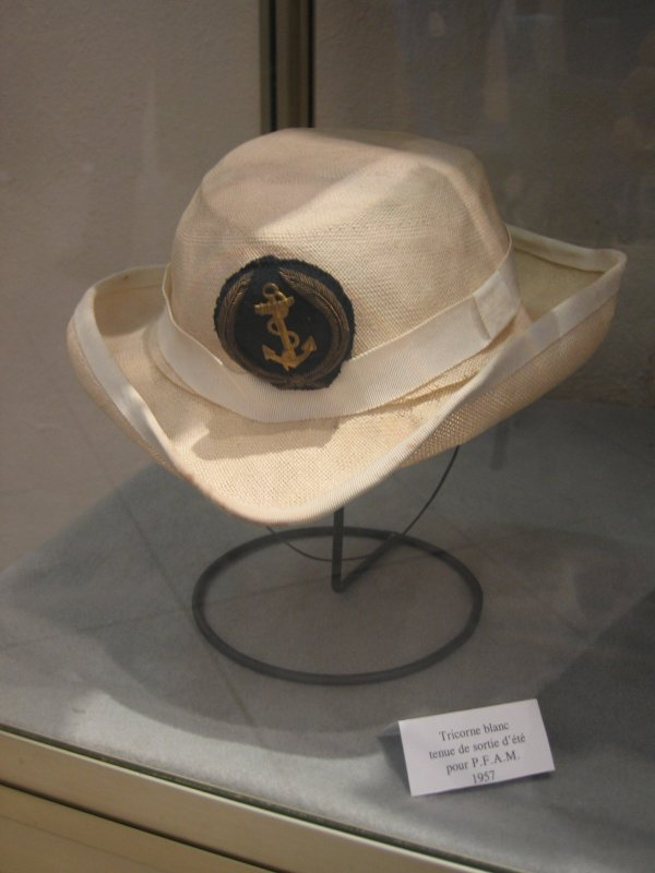 [ Les musées en rapport avec la Marine ] Conservatoire des tenues à Toulon 29904910