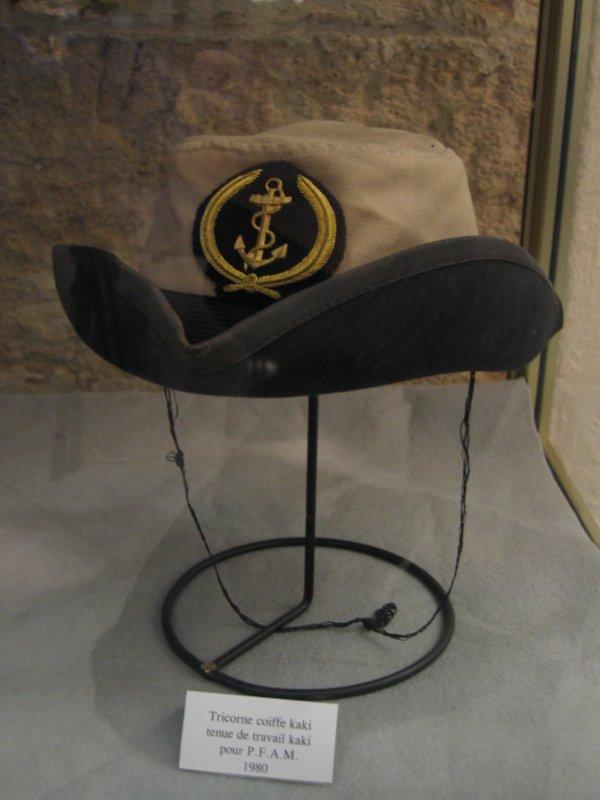 [ Les musées en rapport avec la Marine ] Conservatoire des tenues à Toulon 29904911