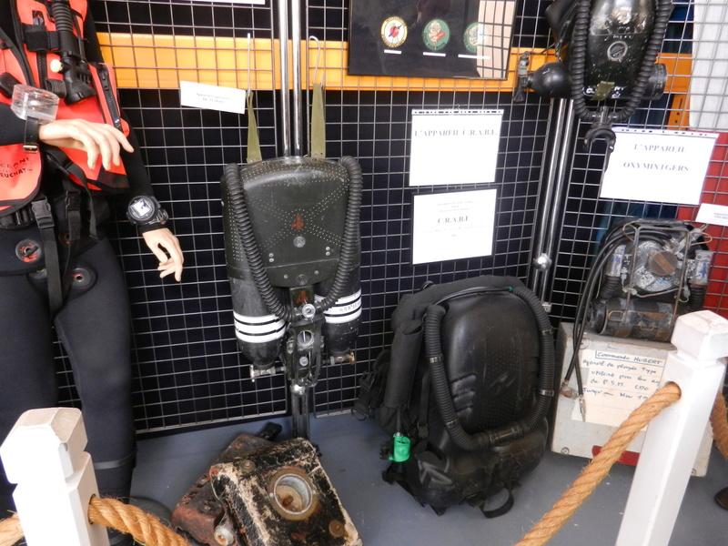 [ Les musées en rapport avec la Marine ] Conservatoire des tenues à Toulon Dscn0620