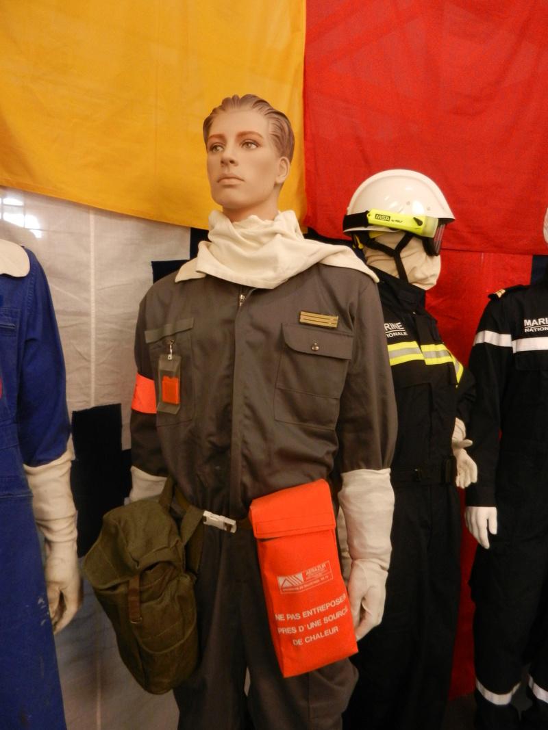 [ Les musées en rapport avec la Marine ] Conservatoire des tenues à Toulon Dscn0639