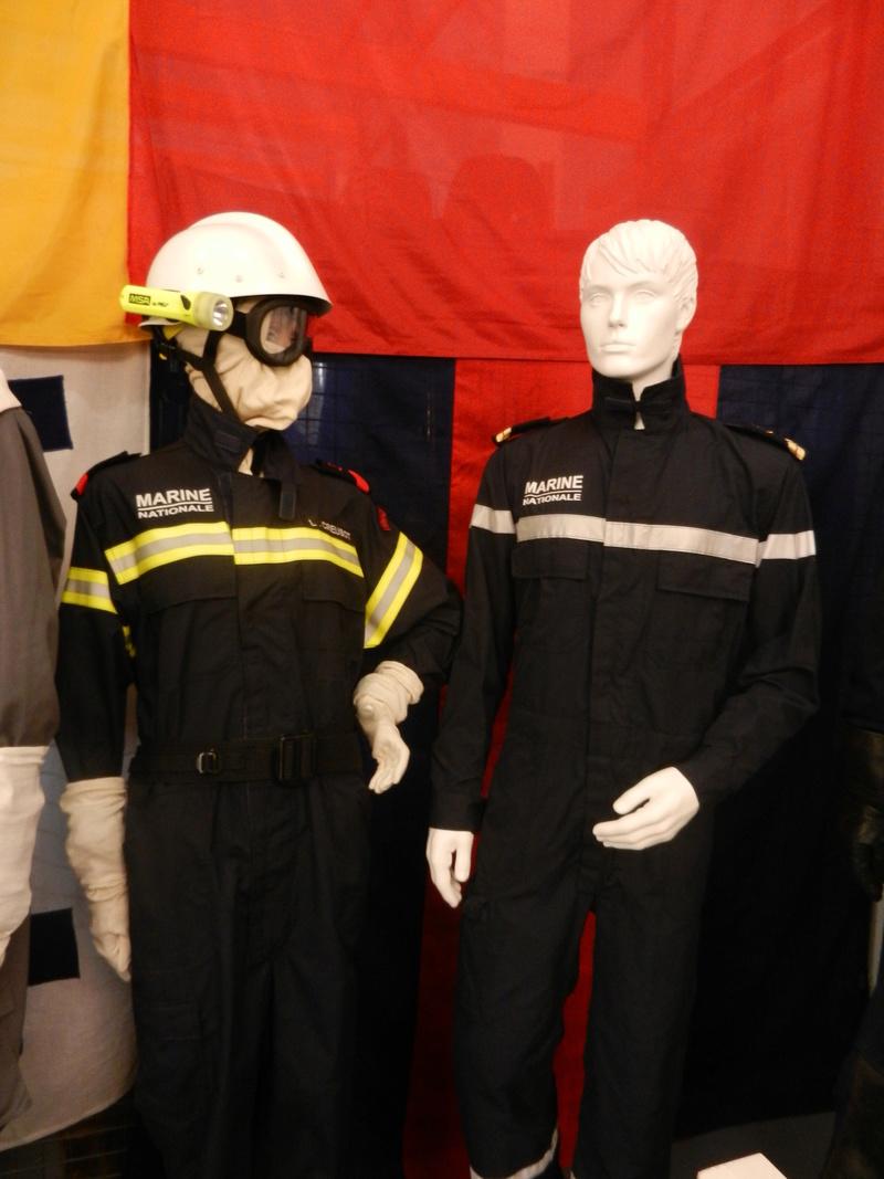 [ Les musées en rapport avec la Marine ] Conservatoire des tenues à Toulon Dscn0640